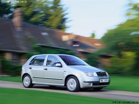 Отзыв о Fabia 2000 | 2007 | 5-door hatch | 1.4 16V 85 л.с. | 5 МКПП |