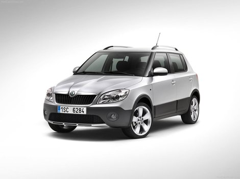 фото Skoda Fabia Scout 2011 и Skoda Roomster Scout 2011 photo