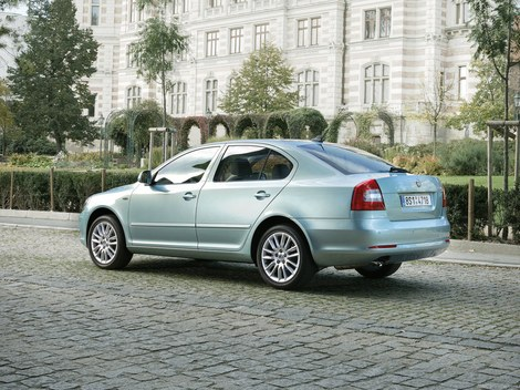 фото автомобиля Шкода Октавия 2009 после рестайлинга - Skoda Octavia New 2009 photo, after restyling