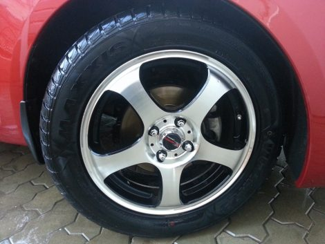 Rio с покрышками Maxxis Victra MA-Z3 R16